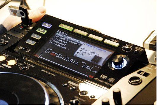 pioneerCDJ-2000top
