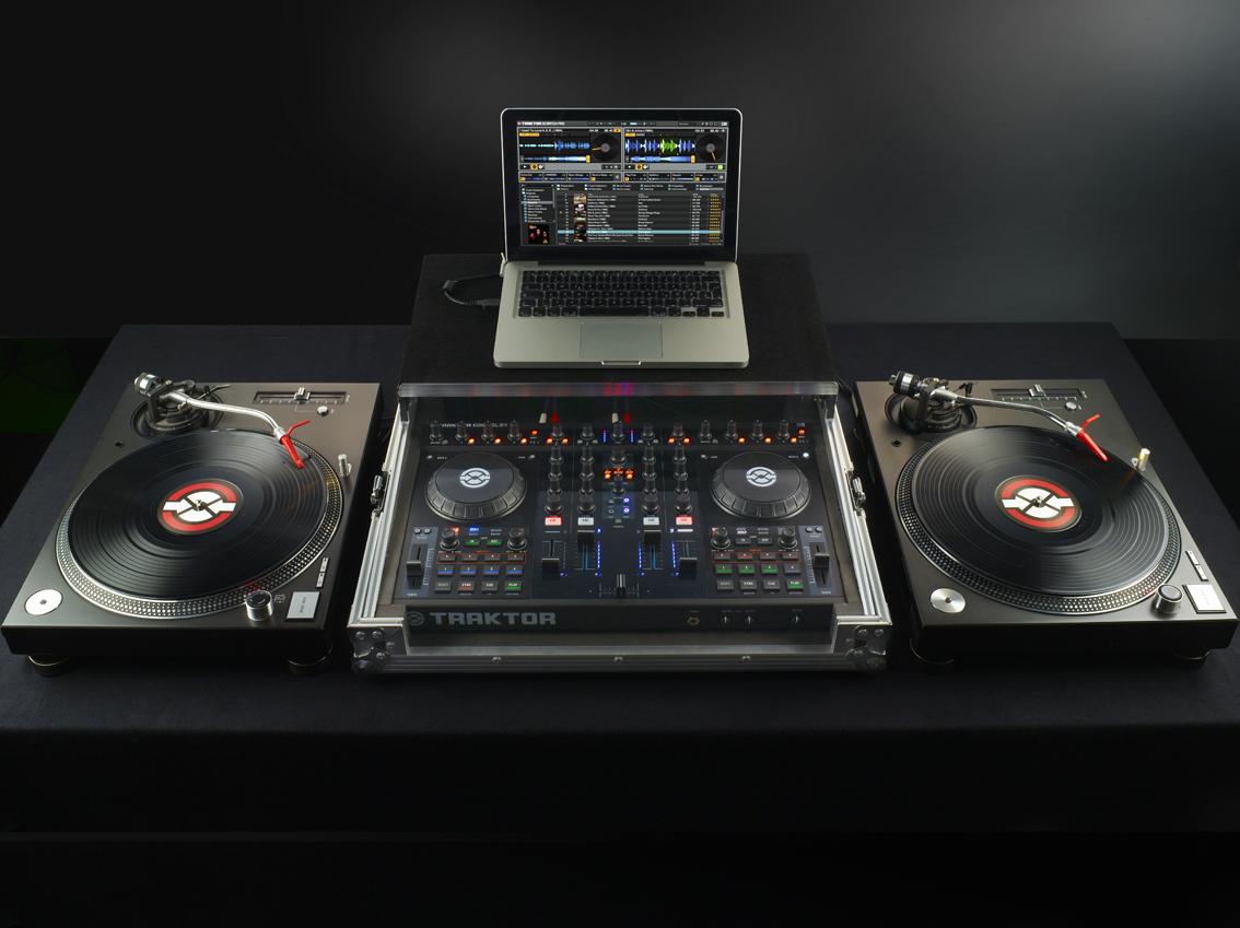 Kontrol S4: The Ideal DVS mixer? - DJ TechTools