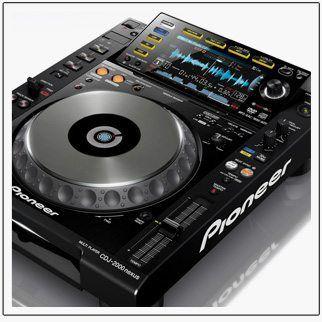 Pioneer Launches CDJ-2000 Nexus - DJ TechTools