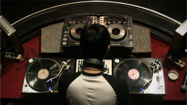 Taking DJ Gigs Outside Of Your Normal Genre - DJ TechTools