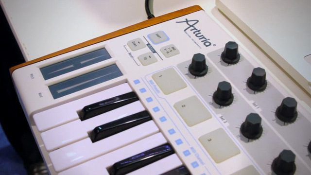 namm 2013 arturia 39 s sparkle drum machine and minilab keyboard dj techtools. Black Bedroom Furniture Sets. Home Design Ideas