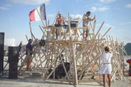 DJing In Extreme Conditions: Burning Man and Beyond - DJ