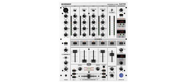 DJX700