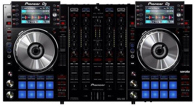 A DDJ-SX with LCD screens - anyone want to take credit for this mockup? (It was uncredited in the email we got)