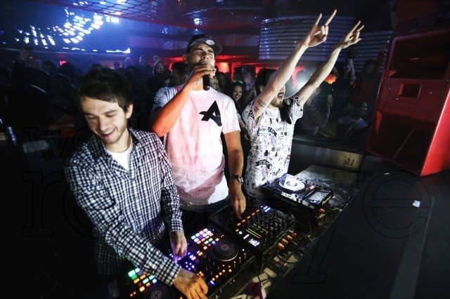 Zedd rocking the Kontrol S4 with two very CDJ-oriented friends, Afrojack and Aoki. (Photo credit: World Redeye)