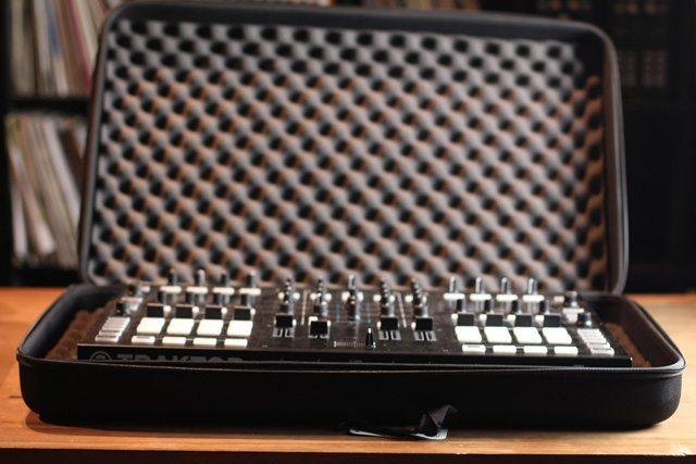 UDG-Controller-Case-S8