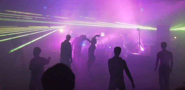 036 Rave Scene © Jonathan Lidbeck | Flickr