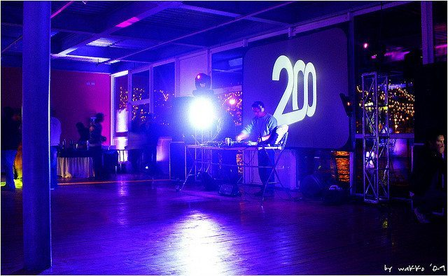 If this is the dancefloor when a warmup DJ is playing, then big tracks aren't appropriate. (photo credit: Marcelo Páez Bermúdez on Flickr)
