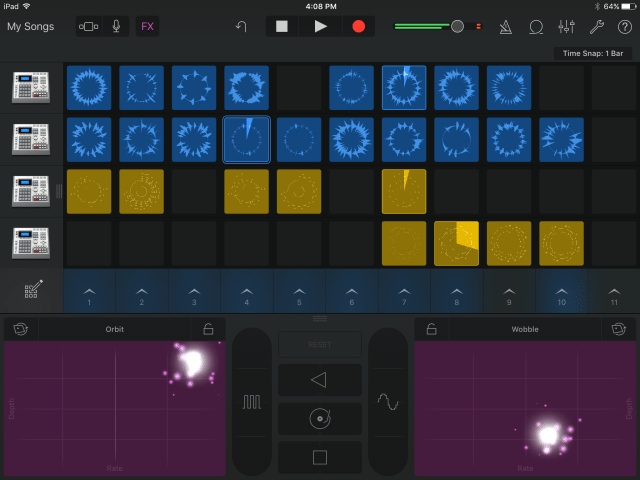 The Live Loops view with Remix FX panel open.