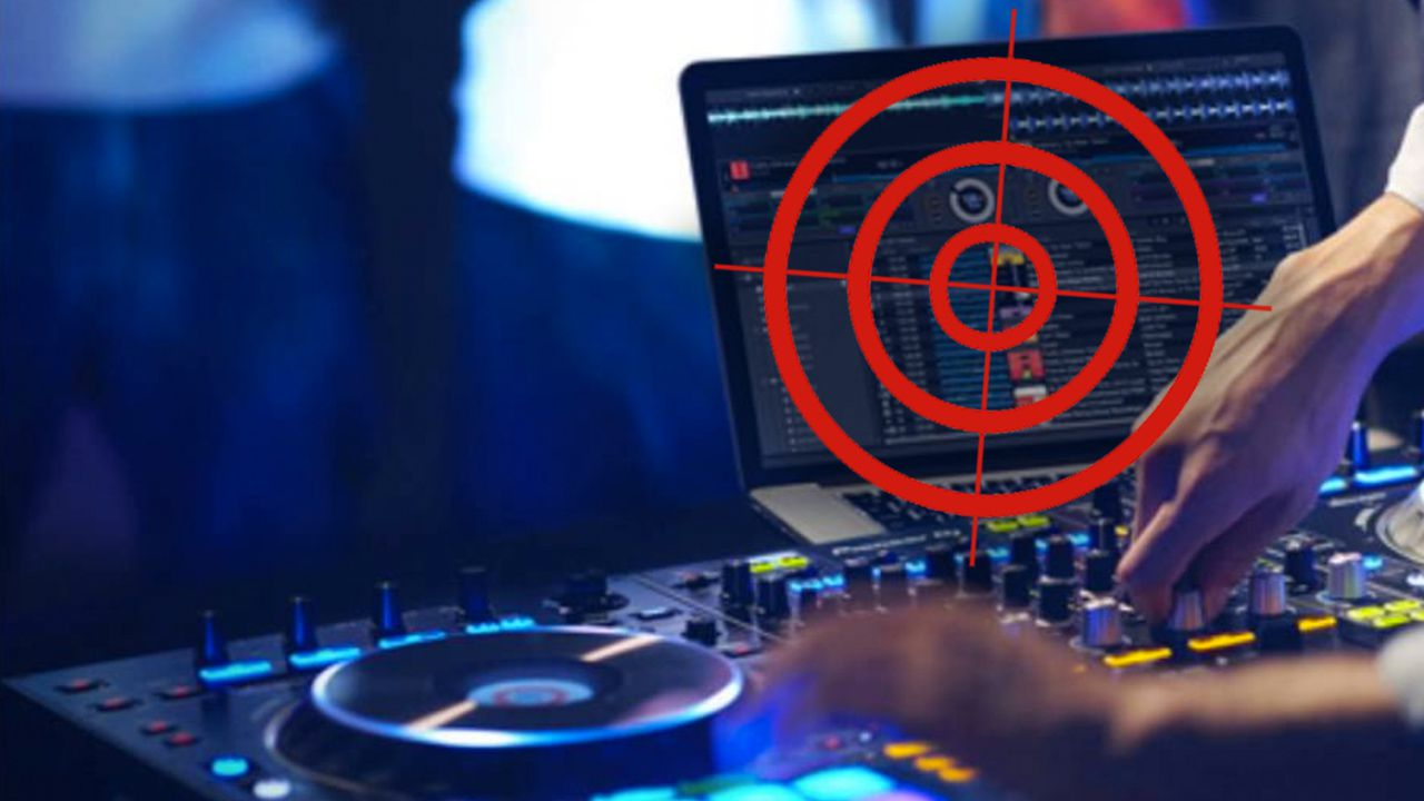Laptops Banned In DJ Booths