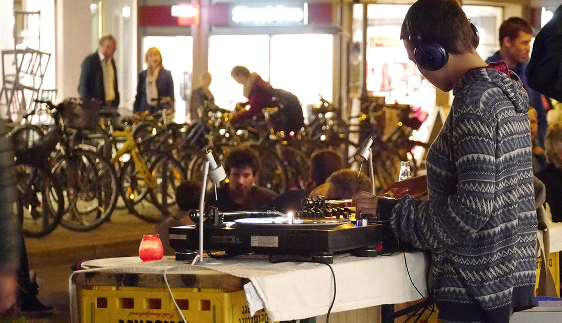 Practice DJing