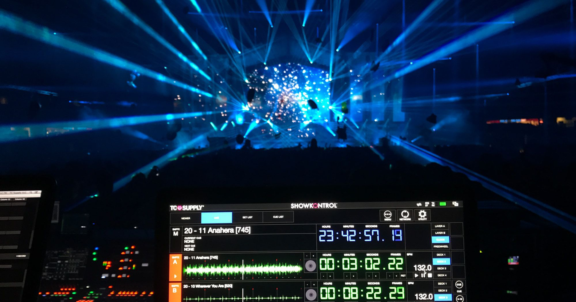 CDJs Will Send Track Data To Visuals/Lighting Techs With