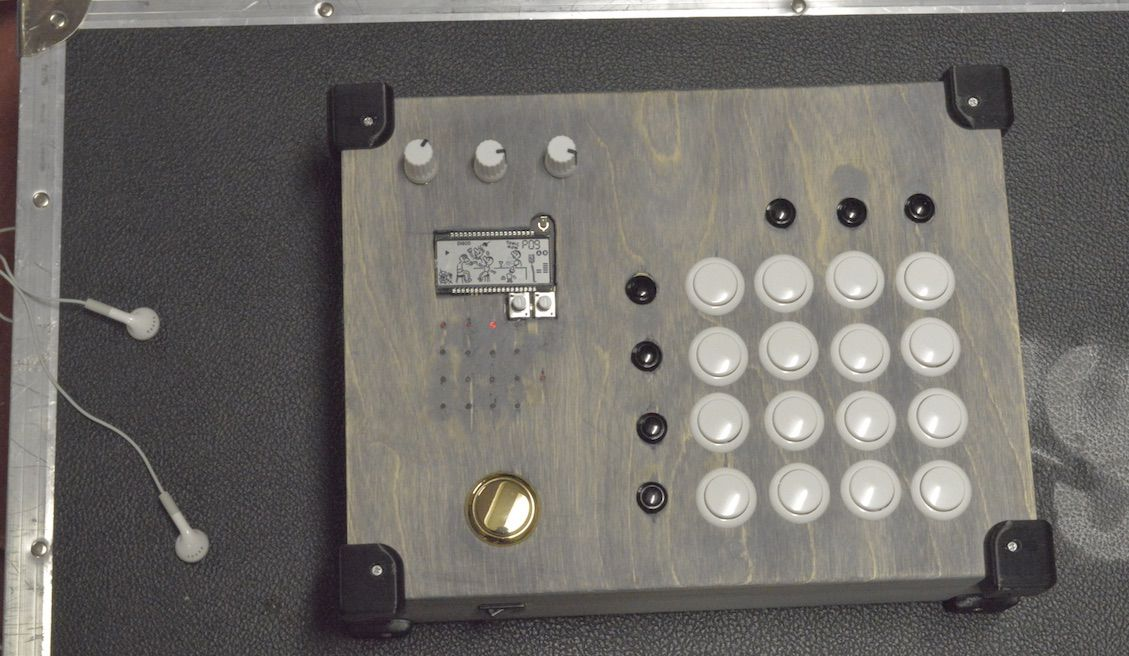DIY: Build An Arcade Controller For Pocket Operators - DJ