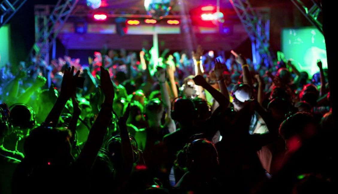 How To Throw A Silent Disco A Promoter S Guide Dj Techtools