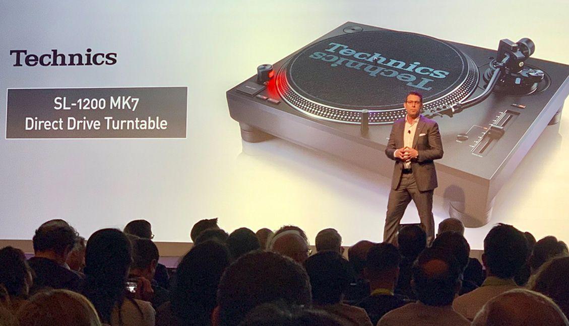 Technics SL-1200 MK7 Revealed At CES 2019 With DJ-Focused