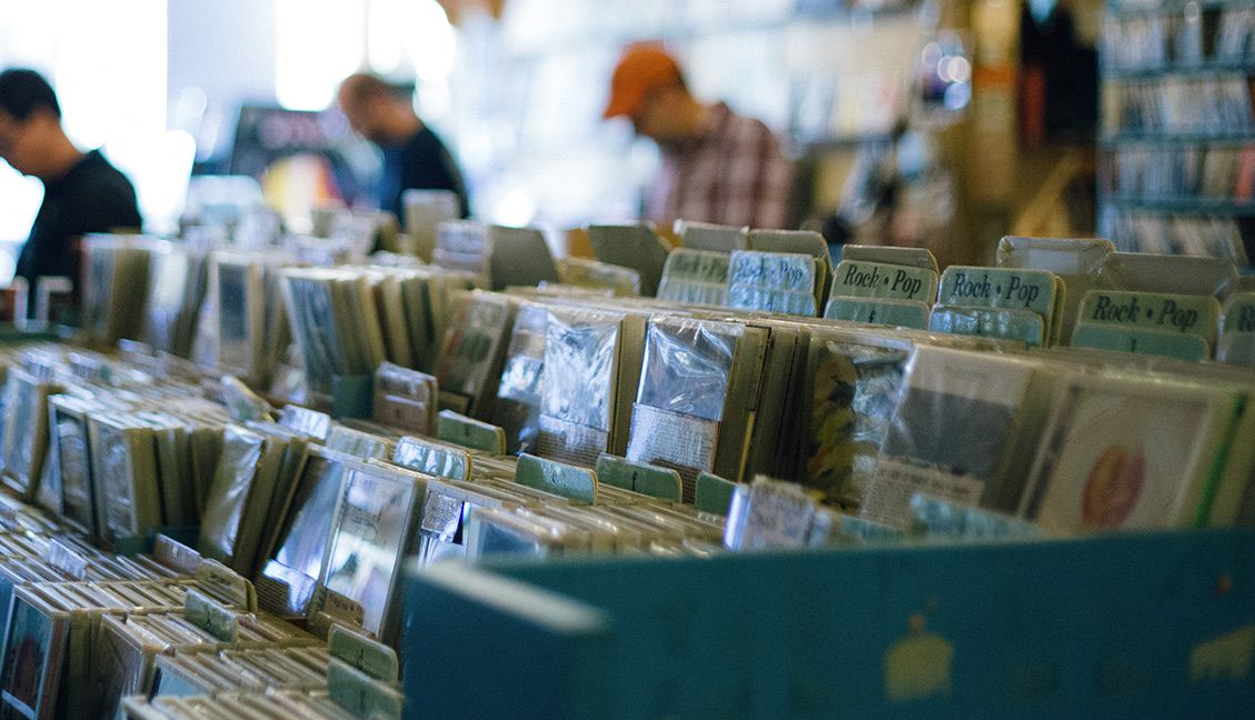 Smart Music Shopping Tips for DJs: Dig For Music With