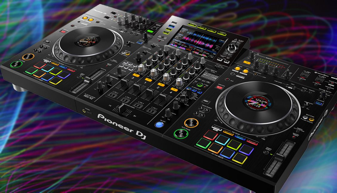 Pioneer DJ's XDJ-XZ: Two Decks Standalone, Two Other Channels As Inputs