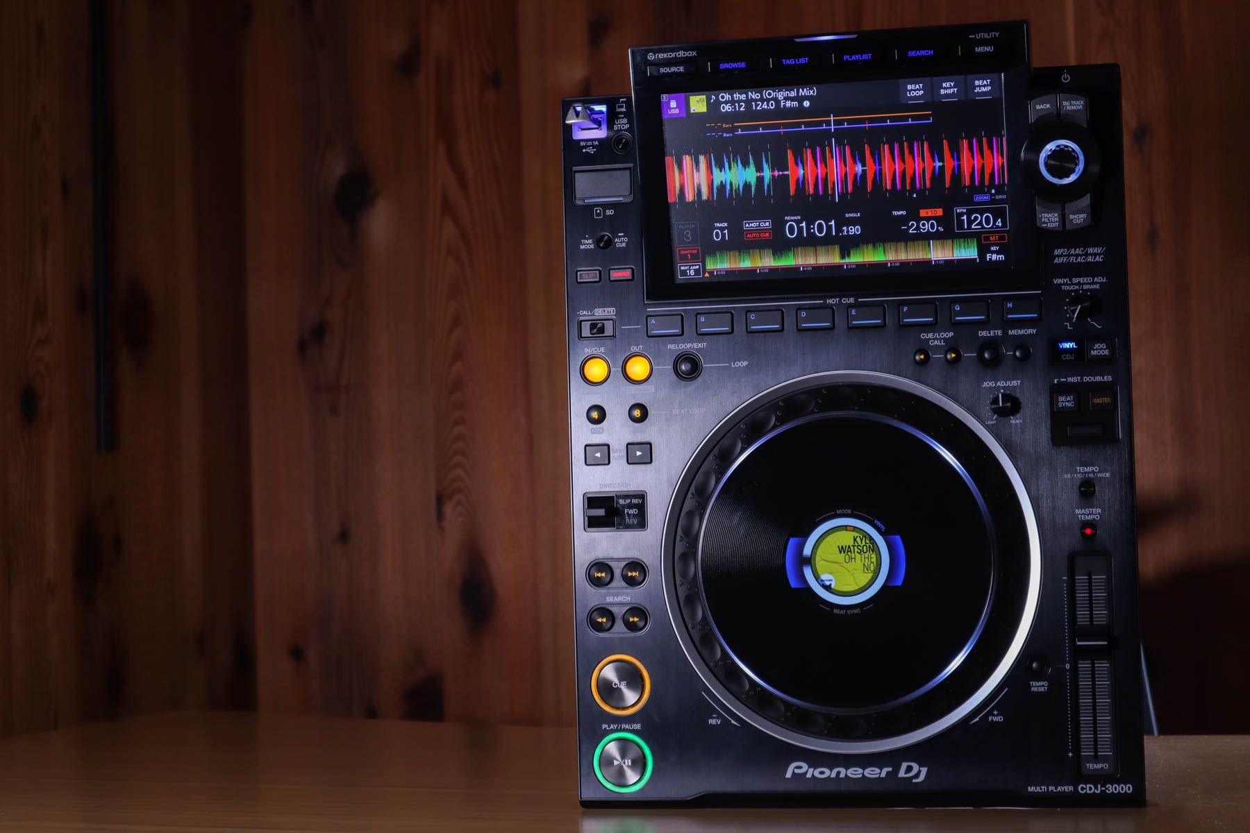 CDJ-3000 vs 2020: review + analysis of Pioneer DJ's new player